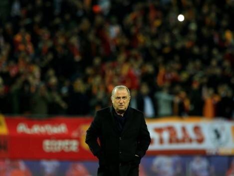 Galatasaray'a 7 transfer gerekebilir!