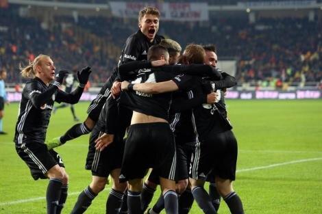 Beşiktaş taraftarlarının Ljajic tepkisi!