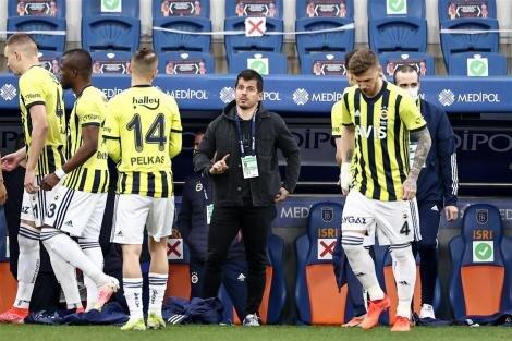 Şansal Büyüka: 'Fenerbahçe'de 'yürü ya kulum' durumu var'