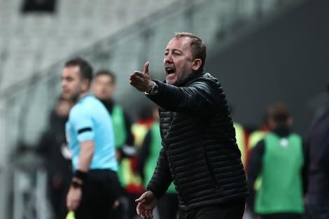 Tugay Kerimoğlu: 'Ben Beşiktaş'ı şampiyon kabul ederim'