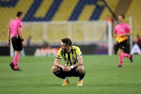 Spor yazarları, Fenerbahçe'deki son durumu yorumladı!