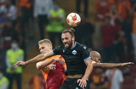 Fenerbahçe'ye Vedat Muriqi teklifi
