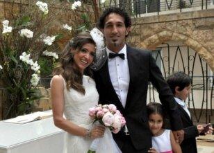 Deniz Barış evlendi