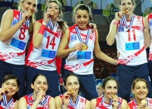 Vakıfbank GSTT namağlup şampiyon!