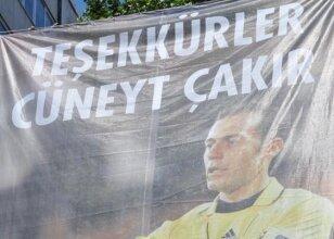 ''EURO2012 Fatihi' Çakır'a büyük jest
