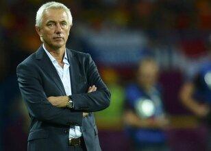 Bert van Marwijk istifa etti!