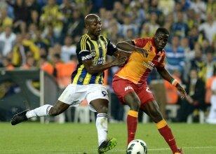 Pierre Webo (Fenerbahçe) & Emmanuel Eboue (Galatasaray)