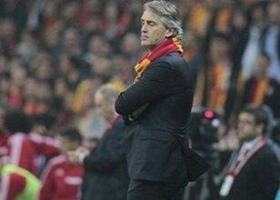 Galatasaray'dan Roberto Mancini için flaş karar!