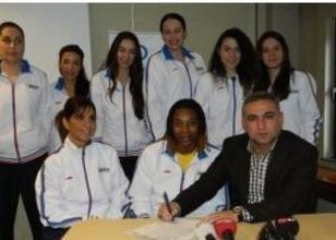 Gaziantep'in ilk yabancı kadın basketbolcusu! - Basketbol Kadınlar Süper Ligi
