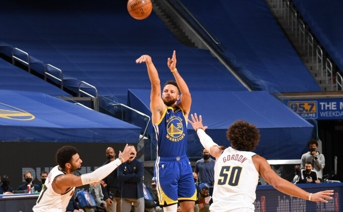 STEPH CURRY, WARRIORS TARİHİNİN EN SKORERİ OLDU!