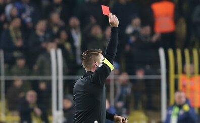 Fenerbahçe'ye kırmızı kart yaramıyor! İlginç istatistik...