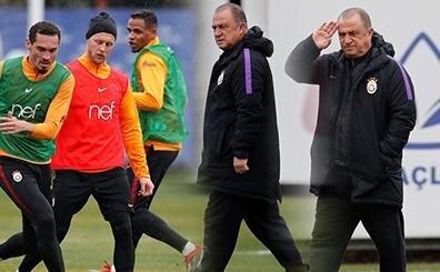 Galatasaray'da günün idmanı, dikkat çeken kare; Fatih Terim...