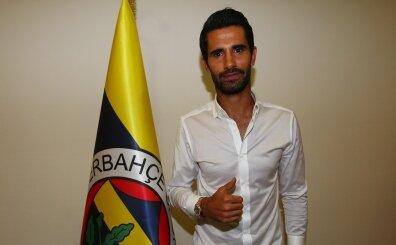 Alper Potuk, Fenerbahçe ile yeniden sözleşme imzaladı!
