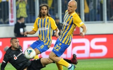 Michal Pazdan: 'Beşiktaş kaliteli bir takım ama bu maç kritikti'