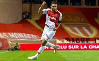 Falcao, Drogba ve Sneijder gibi 50 bin taraftarla imzalayacak!..
