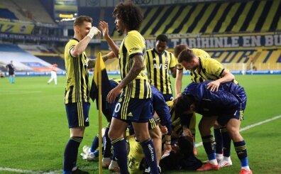 Fenerbahçe'de Emre Belözoğlu yerliye döndü: Tam 7 futbolcu