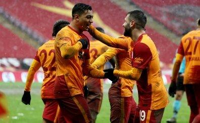 Galatasaray'da herkes 3'e katladı