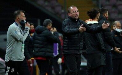 Galatasaray'dan Beşiktaş'a maç sonu Ganyan ve at göndermesi