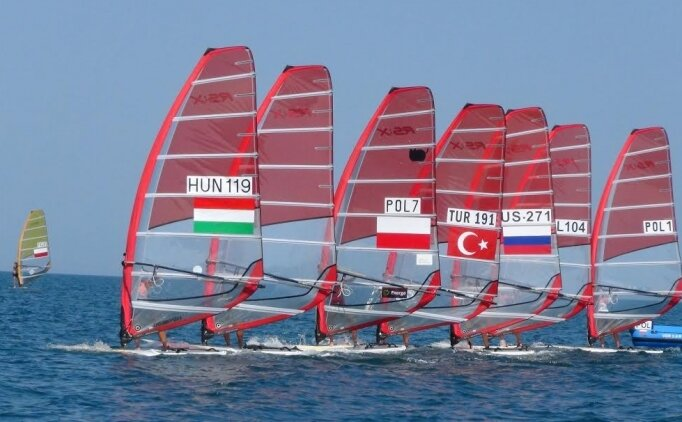 Rüzgar sörfü heyecanı Dikili'de yaşanacak