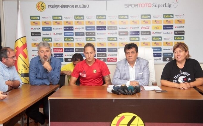 Eskişehirspor'dan bir transfer daha!