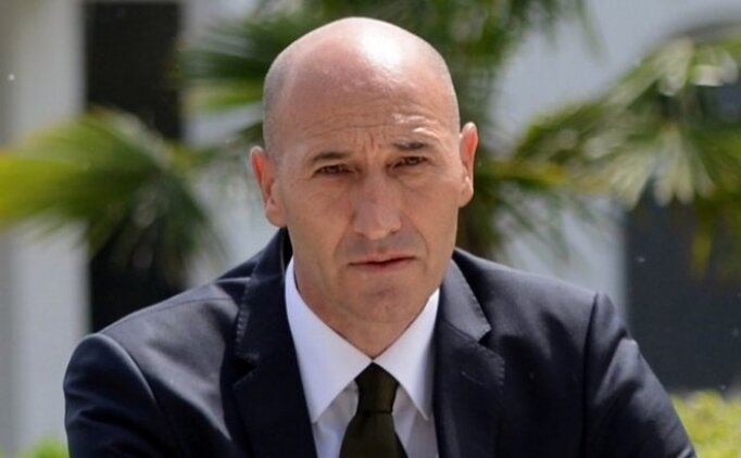 Bursaspor'un yeni teknik direktörü Adnan Örnek oldu