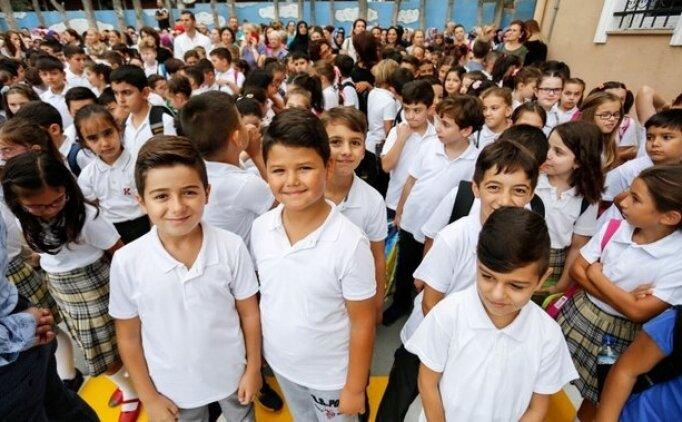 Liseler, ilkokullar, üniversiteler(okullar) ne zaman başlayacak? Okulların başlangıç tarihi
