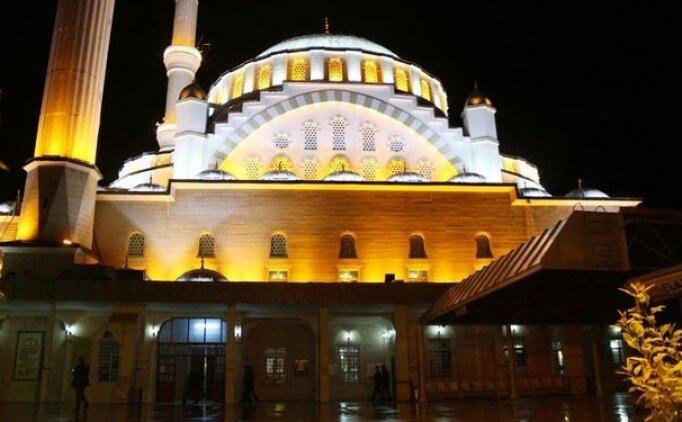 Erzurum, Erzincan iftar vakti 2018, Ramazan imsakiyesi Diyanet ezan saatleri