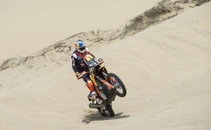 Son şampiyon Sunderland Dakar'a hızlı başladı