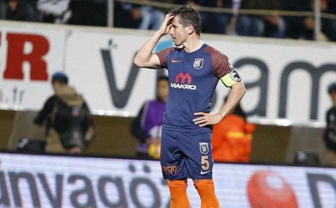 Başakşehir 'küçük maçları' oynayamıyor!