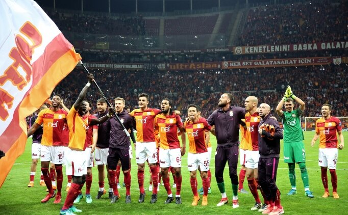 Galatasaray'da şampiyonluğa çifte düğün