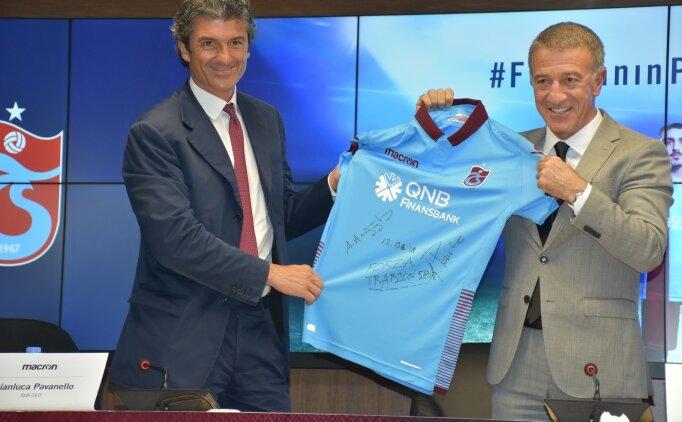 Trabzonspor'da yeni sezon formaları tanıtıldı