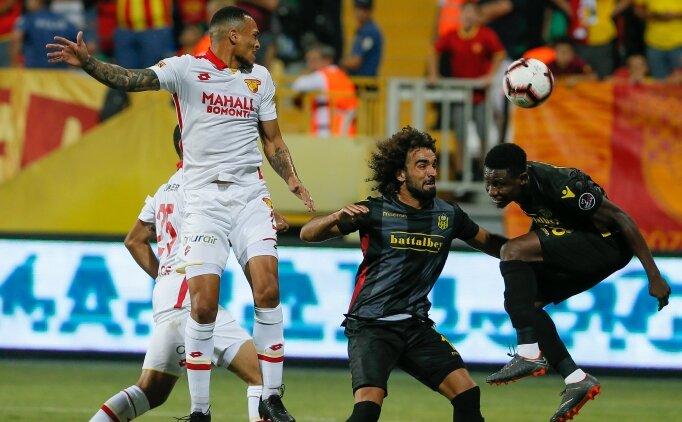 İzmir'de 3 kırmızı, 4 gol VAR