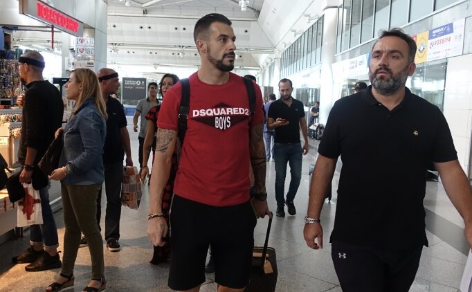 Beşiktaş'ta Negredo gerçekleri! Şafak Mahmutyazıcıoğlu'ndan açıklama..