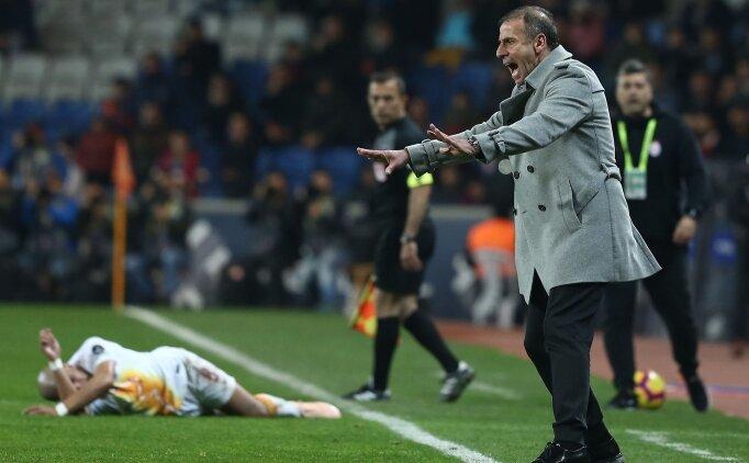 Başakşehir - Galatasaray maçı sonunda gerilim, koridor karıştı!