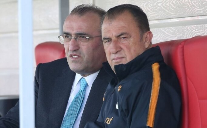 Galatasaray'dan bir değil, iki forvet transferi!