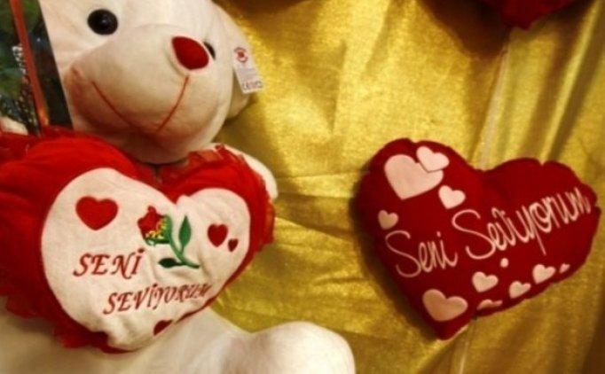 Sevgililer Günü mesajları, Sevgiliyi duygulandıracak mesajlar, paylaşımlar