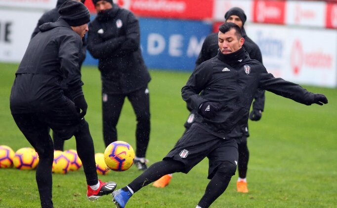 Beşiktaş, 6 eksikle çalıştı