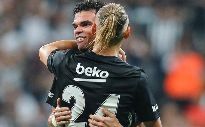 Beşiktaş'ın yıldızı Pepe, yıllara meydan okuyor!