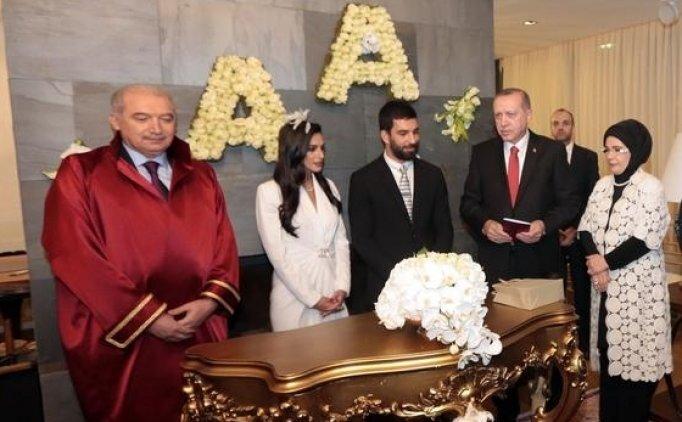 Arda Turan'ın düğün görüntüleri, Aslıhan Doğan ile Arda Turan evlendi