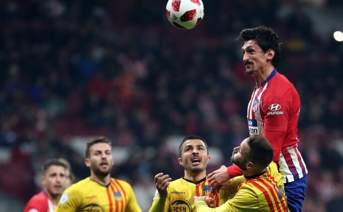 Atletico Madrid güle oynaya turladı! 4 gol...