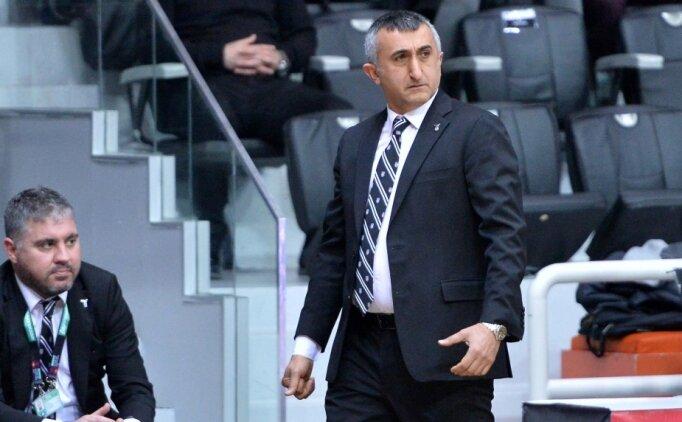 Aziz Akkaya: 'Dünya bir tarafa Beşiktaş bir tarafa'