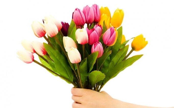 Anneye güzel sözler, mesajlar, Anneler Günü için en özel kutlama mesajları