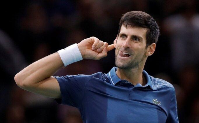 Djokovic, Paris'te Federer'i yenerek finale çıktı