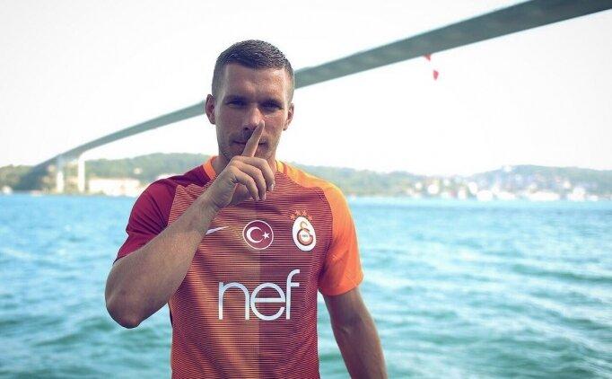 Lukas Podolski: 'Galatasaray'ı ve taraftarı çok özledim'