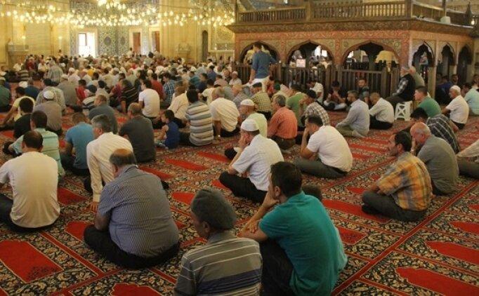 İstanbul'da cuma namazı saat kaçta? 12 Ekim Cuma namazı saati
