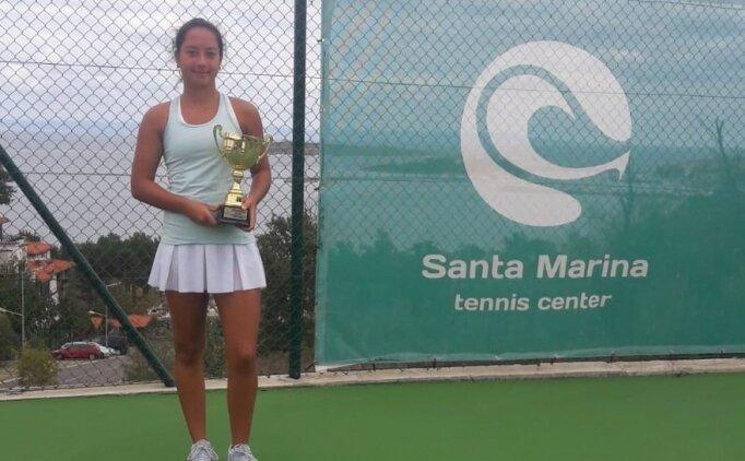 Milli tenisçilerden büyük başarı