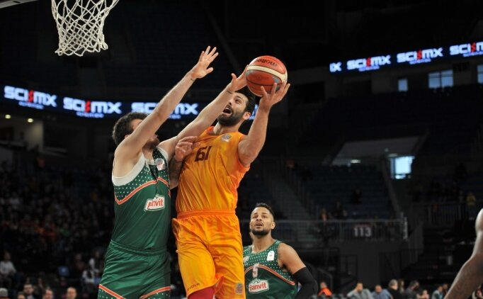 Galatasaray, potada seriye bağladı