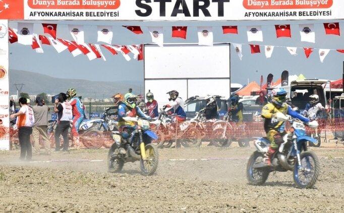 Afyonkarahisar'da motokros heyecanı