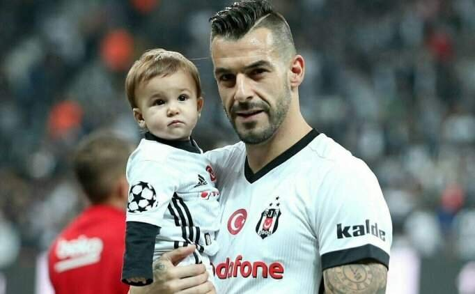 Beşiktaş'ta Negredo'dan transfer için flaş karar
