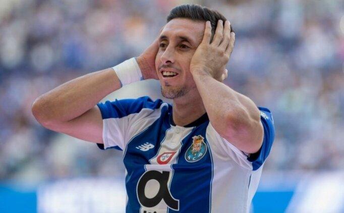 Porto'nun yıldızı için resmi açıklama! 'Ayrılmayacak'